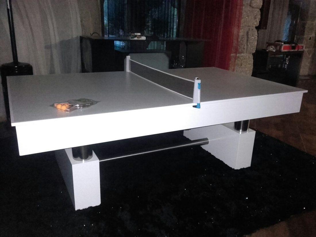 Com tampo de mesa de ping-pong